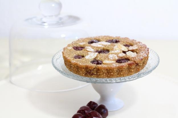 Quinoa-tarte mit Kirschen (glutenfrei, vegan)