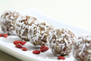 Cocos-Power-Balls (raw, vegan, glutenfree)