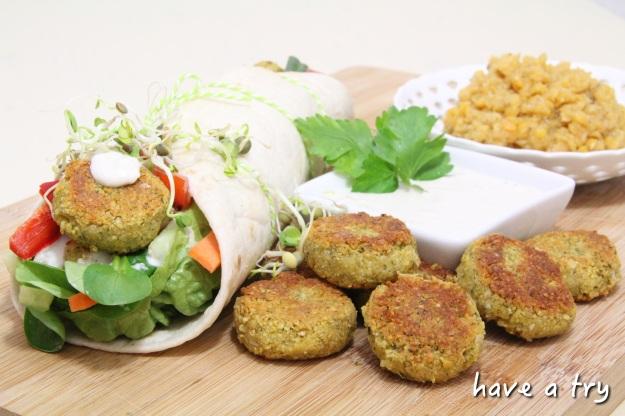 Falafel (vegan) mit Sesamsauce