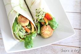 Falafel-Wraps (vegan) mit Sesamsauce