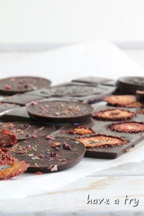 Feine Schokolade (selbstgemacht, roh-vegan)